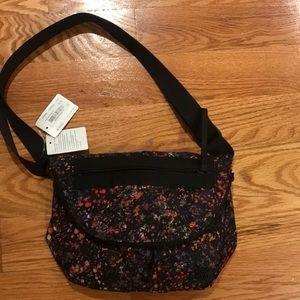 BNWT lululemon festival bag II black floral rare